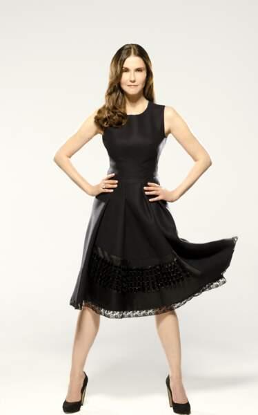 Alessandra Martines a tout l'air d'une jeune femme...