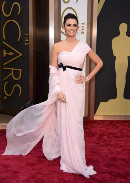 Penelope Cruz divine sur le tapis rouge !