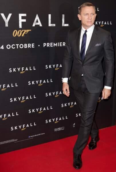Daniel Craig a gardé le fameux costume de Bond