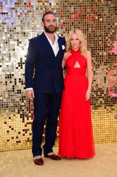 La chanteuse Kylie Minogue et l'acteur Joshua Sasse.