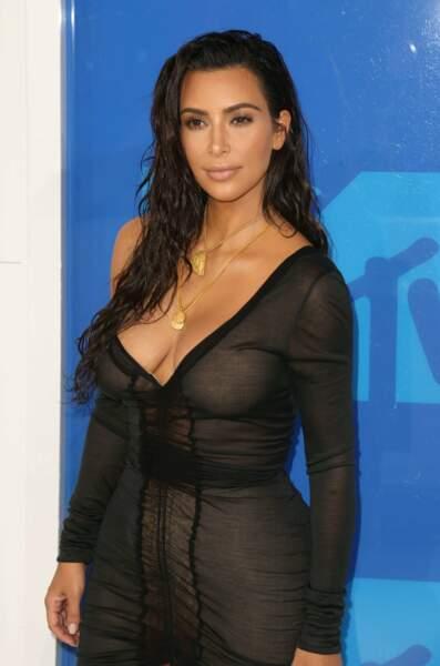 Kim Kardashian, très chic...