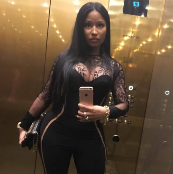 On se laisse avec ce selfie sexy de Nicki Minaj...