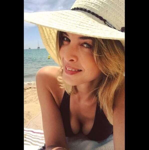 Eléonore Boccara, miss météo, à Cannes-Plage.
