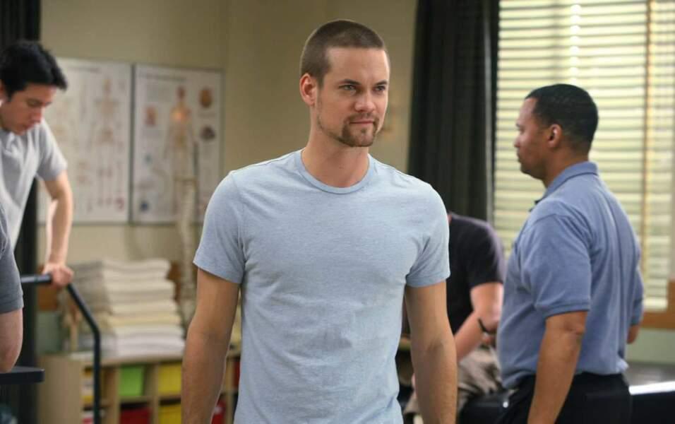 Le docteur Ray Barnett joué par Shane West