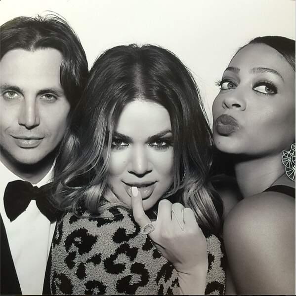 On adore cette photo de Kourtney et Jonathan Cheban, le meilleur ami de Kim Kardashian.