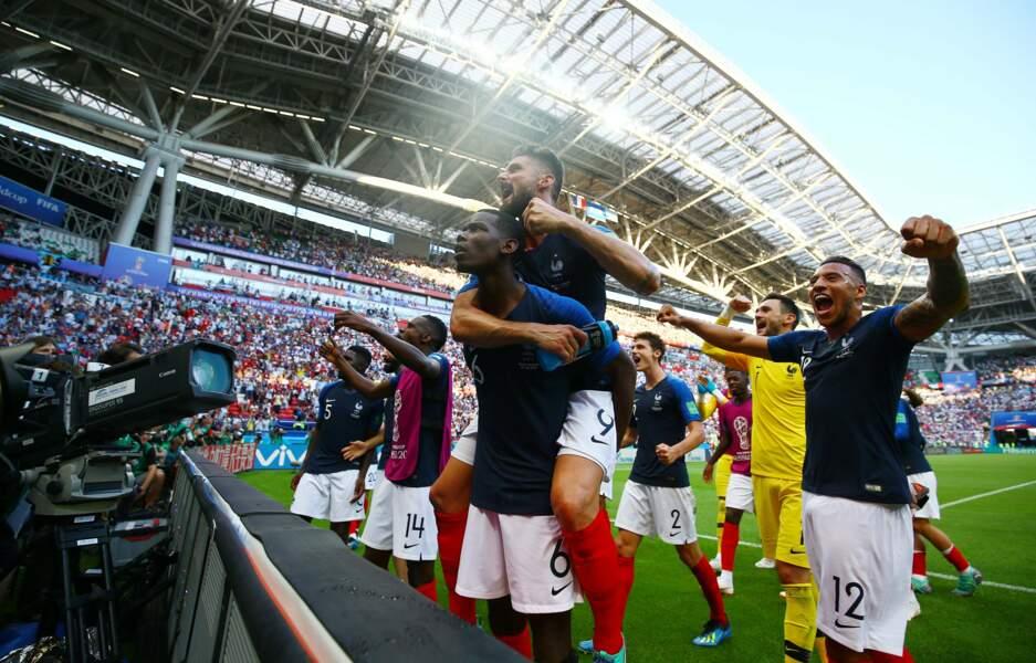 L'équipe de France savoure sa victoire...