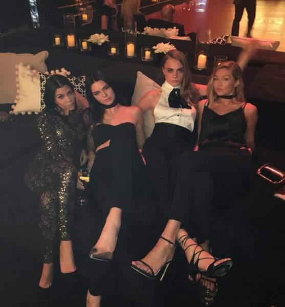 Kourtney Kardashian, Kendall Jenner, Cara Delevingne et Gigi Hadid ont fait la fiesta.