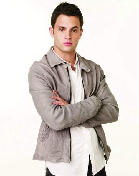 Penn Bagdley en 2007, pour la première saison de Gossip Girl. L'adolescent est encore un très jeune homme.