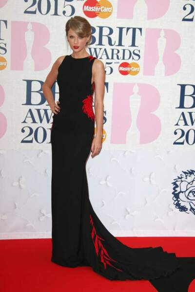Télé-Loisirs vous propose le meilleur des Brit Awards en images. Vous êtes prêt ? Taylor Swift divine !