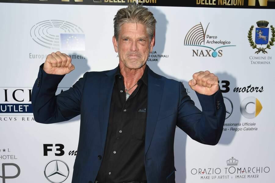 Toujours battant, on retrouva Clayton Norcross dans Jag (1996), VIP (1999) et Hawaii Five-0 (2011)
