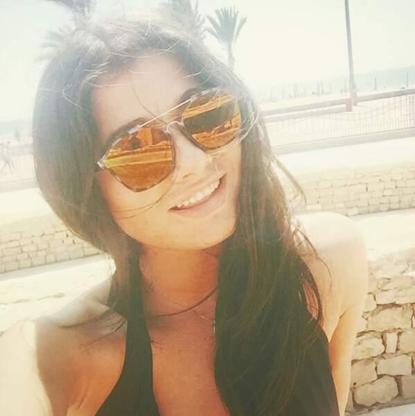 Eh oui, Laurie adore les lunettes de soleil