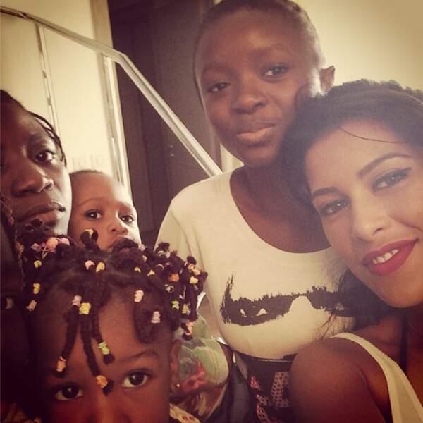 qui a une nouvelle famille : sa famille adoptive du Gabon !