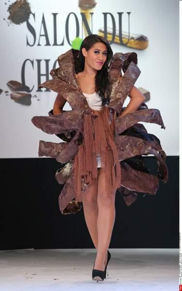 Une robe très dessinée pour Joséphine Jobert (Salon du Chocolat 2013)
