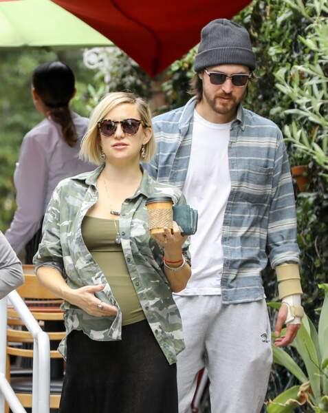 Kate Hudson et son compagnon Danny Fujikawa attendent une petite fille pour la fin de l'été.
