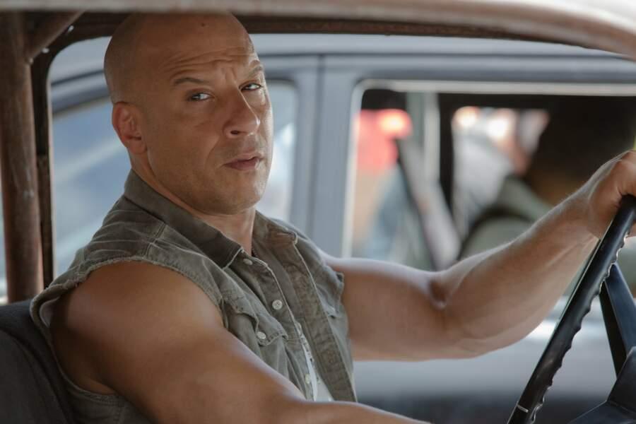 L'acteur a encore gagné en muscle et affiche un visage plus marqué dans le 8ème opus !