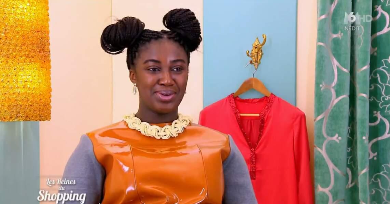 On commence notre diaporama avec la tenue très originale de cette candidate des Reines du shopping
