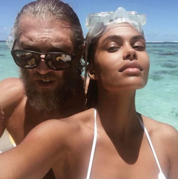 Un joli souvenir de leurs vacances en amoureux à Tahiti ! Les chanceux !