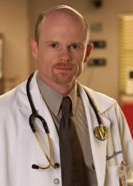 Le détestable docteur Robert Romano interprété par Paul McCrane