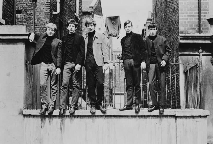 Les Rolling Stones prennent la pose à Londres en 1963