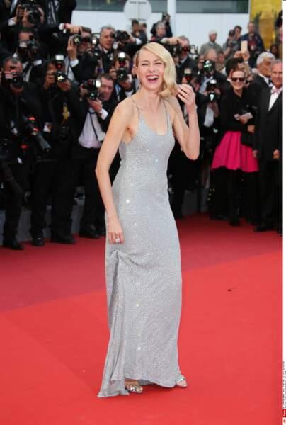 Naomi Watts préfère l'éclat de rire! Et nous aussi!