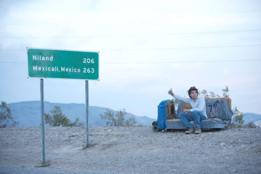 Dans Into The Wild, Emile Hirsch, déterminé à rester libre, va prendre la route, seul, abandonnant tout...