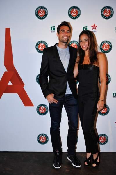 Avant cela, il était en couple avec la joueuse Alizé Lim, tout aussi charmante