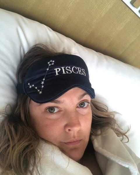 Drew Barrymore aussi est une adepte de ce genre de selfies
