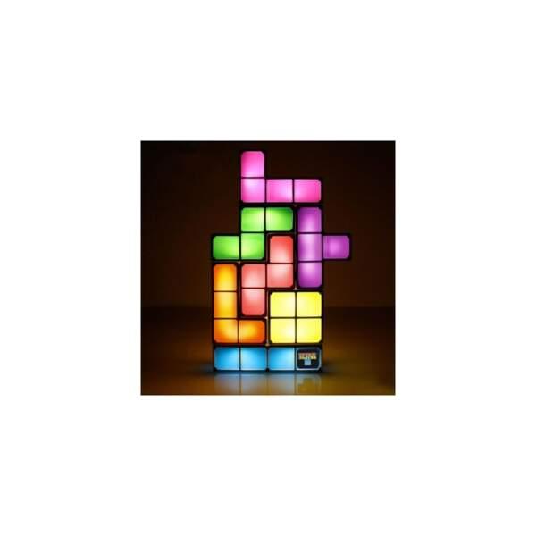 Nostalgique du jeu Tétris ? On vous propose la lampe issue du jeu culte !