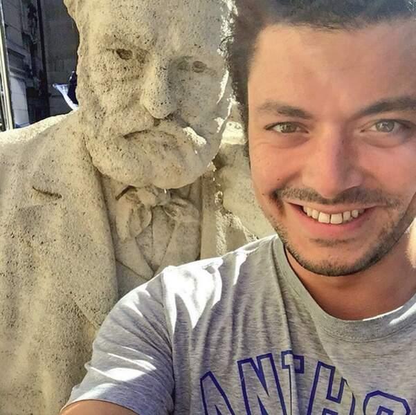Un petit selfie avec Victor Hugo...