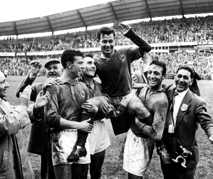 4. Just Fontaine (France) 13 buts