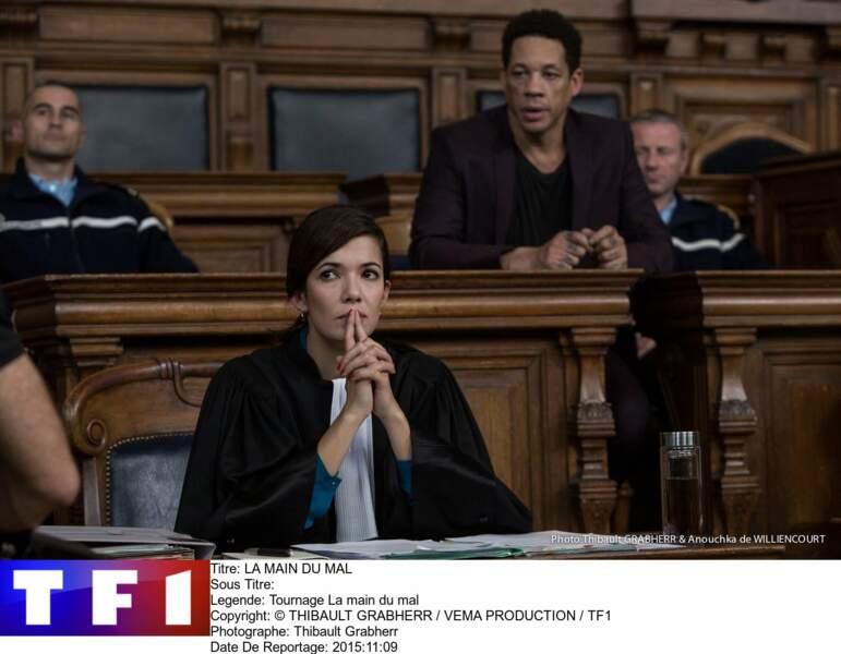 En 2016, on la retrouve en avocate dans une série pour TF1, La Main du mal