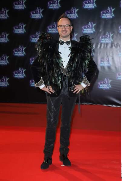 Excentrique, Jarry arborait une tenue fidèle à sa personnalité pour la 18e édition des NMA
