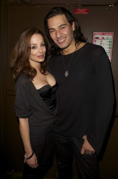 Brandon (L'île de la tentation) et sa compagne, qui joue la mère de Sandra dans Hollywood Girls