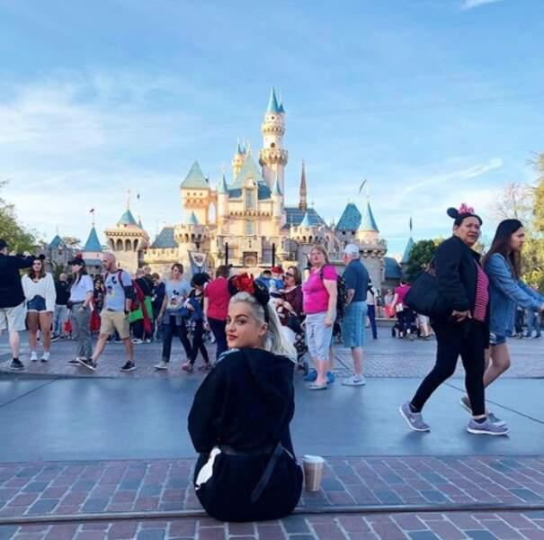 Mais nous on préfère la technique de Bebe Rexha : tout oublier à Disneyland !