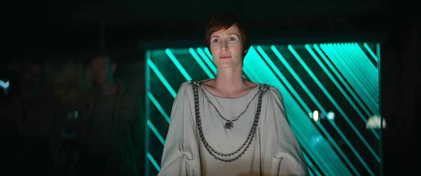 Mon Mothma, de retour dans Rogue One, sous les traits de Genevieve O'Reilly