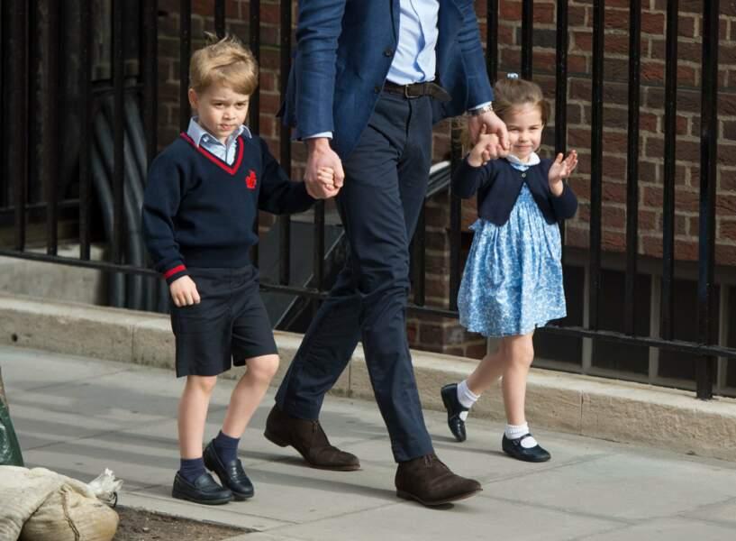 Après Charlotte, George accueille un petit frère nommé Louis, né le 23 avril 2018