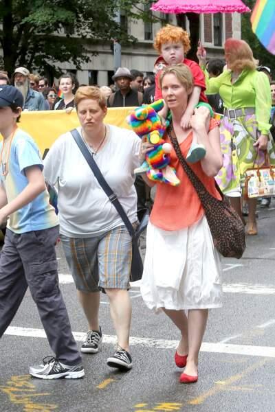 Le couple et leur fils à la Gay Pride à New-York en 2015