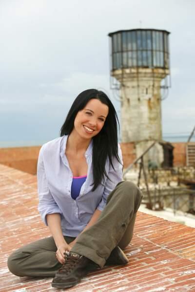 De 2006 à 2009, c'est Anne-Gaëlle Riccio qui vient prêter main forte à Olivier Minne