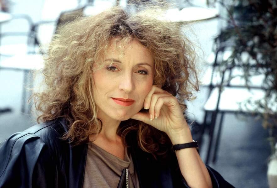 Mireille Dumas arrive à la télévision à la fin des années 1980...