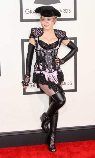 Le look très... euh... original de Madonna