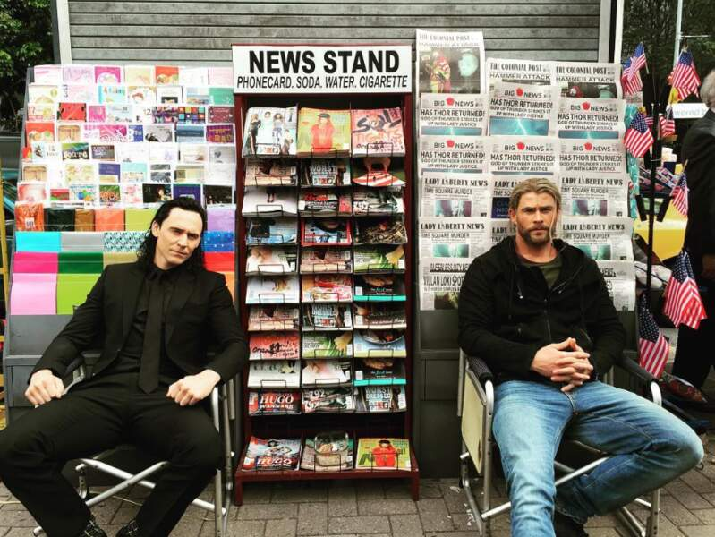 Une idée de reconversion ? Chris et Tom en vendeurs de journaux ça le ferait !