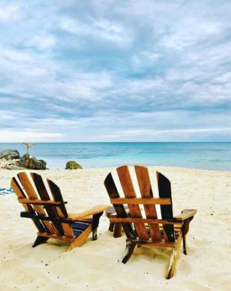 ... et plages paradisiaques, les trublions du PAF ont de quoi profiter à fond !