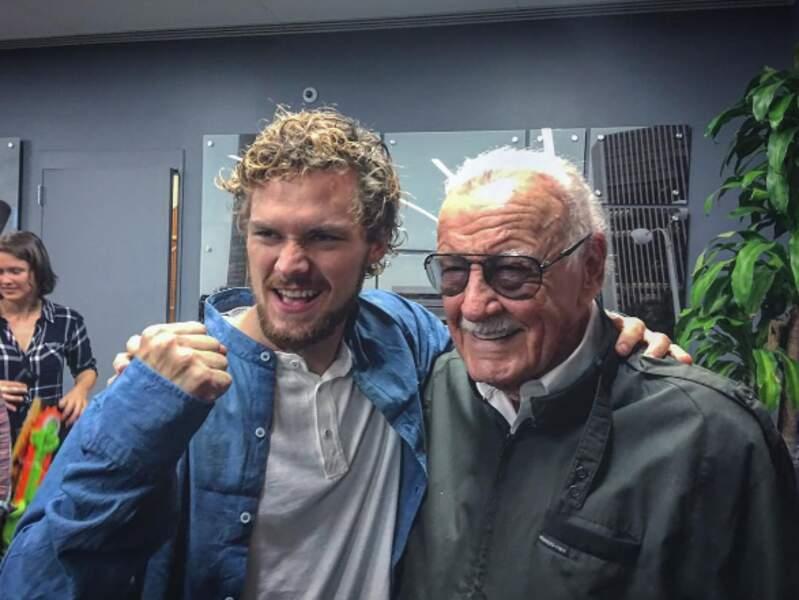 Finn Jones, la star d'Iron Fist, était ému de rencontrer Stan Lee