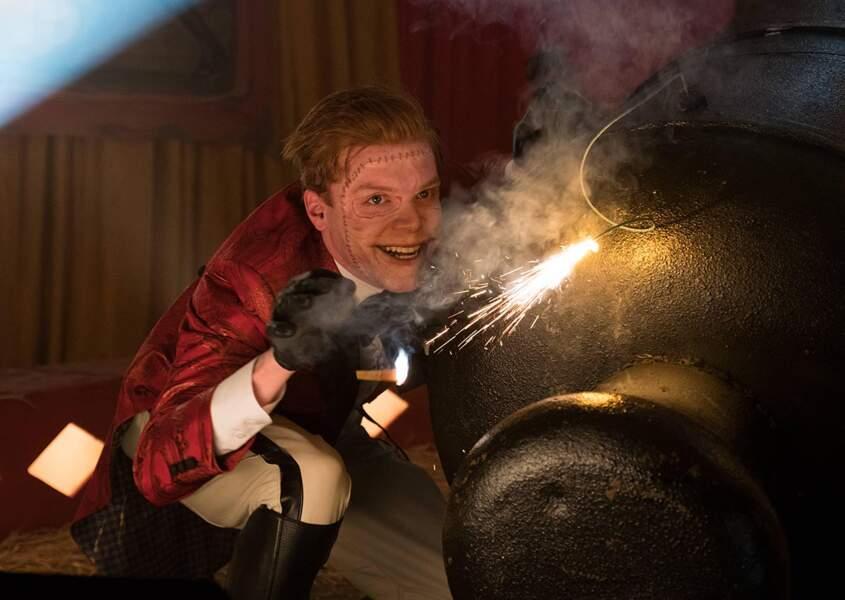 Cameron Monaghan incarne dans la série Jerome Valeska, puis Jeremiah Valeska, alias le Joker !