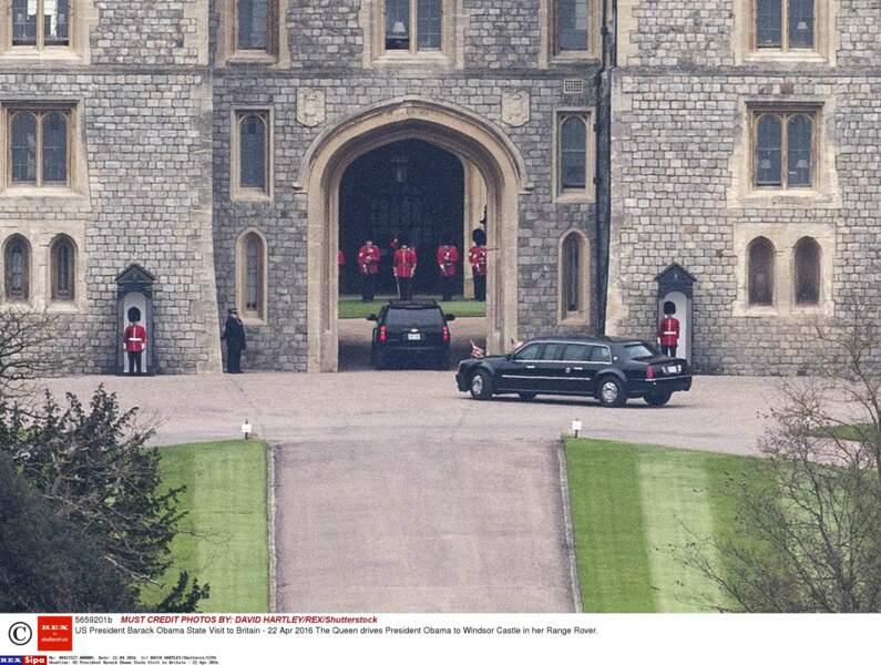 Diection le château de Windsor où avait lieu le déjeuner entre la reine et le couple Obama