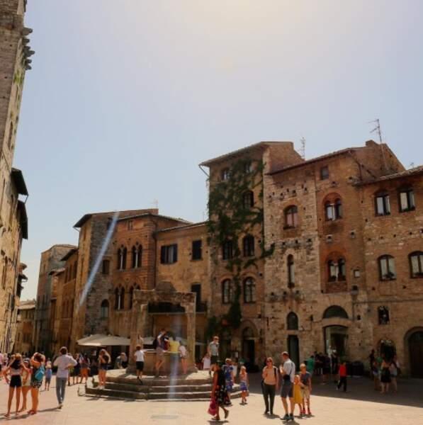 Voici le très charmant village de San Gimignano
