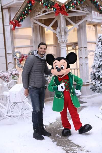 L'ancien nageur Florent Manaudou et Mickey
