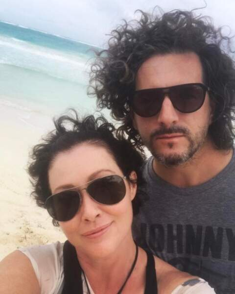 Shannen Doherty et son mari sont jumeaux de bouclettes.