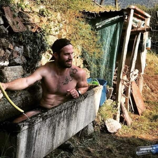 On aimerait beaucoup partager la baignoire de Frédéric Michalak.