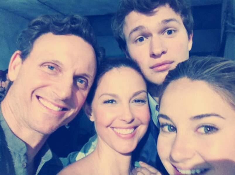 Selfie avec la famille Prior (Divergente) au complet !
